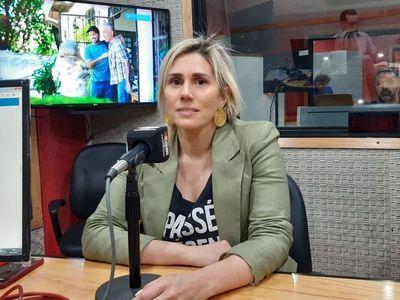 Abogada reconoce no emitir factura al cobrar a Messer y será investigada