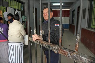 Ministerio de Justicia contrató a más de 400 nuevos agentes penitenciarios