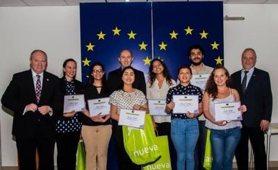 """HOY / Jóvenes fueron reconocidos en el concurso gastronómico """"Tembi'u Europa"""""""