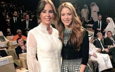 La Primera Dama Silvana Abdo junto a Shakira