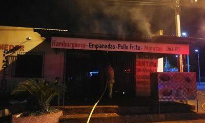 Local se incendia en CDE