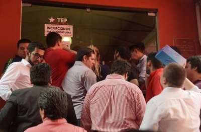 Más de 5.000 candidaturas ingresaron por orden judicial en la Juventud de la ANR