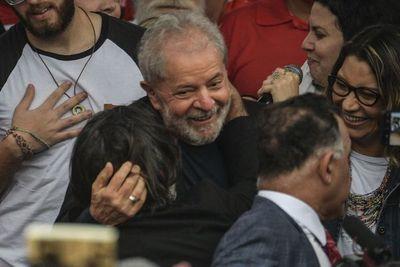 """Lula considera que Evo Morales cometió un """"error"""" al buscar un cuarto mandato"""