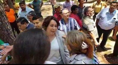"""Concejal departamental tilda a campesinos de """"haraganes"""""""