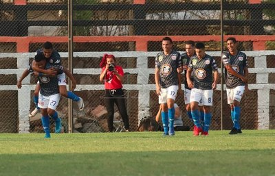En la agonía, General Díaz rescató un empate a San Lorenzo