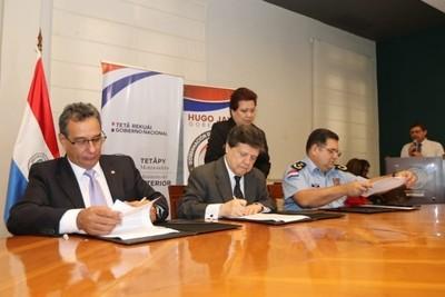 Concretan convenio para que el Grupo Lince cuente con una base en la sede de la Gobernación de Central