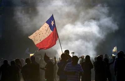 La vuelta del fútbol chileno duró un partido y medio