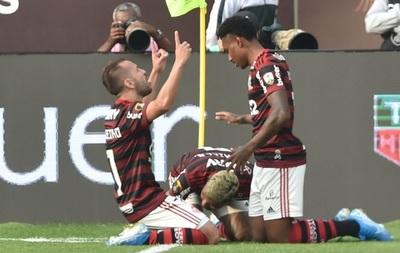 Flamengo se consagra en un final infartante