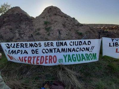 Vecinos de Yaguarón se manifiestan contra vertedero