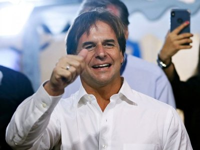 Luis Lacalle Pou gana por escaso margen en comicios uruguayos