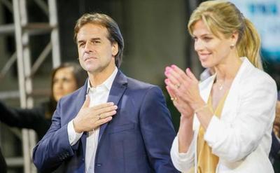 Lacalle Pou gana por escaso margen elecciones en Uruguay