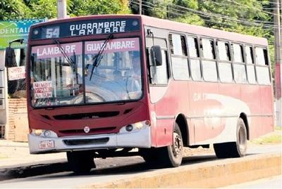 Hombre es detenido por manosear a niñas en un bus