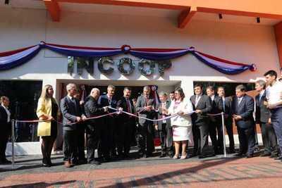 INCOOP inaugura local propio tras 16 años de creación