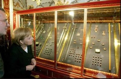 """Alemania: Robo de diamantes de un valor """"incalculable"""" en un museo"""