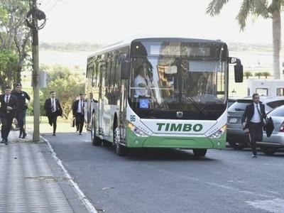 Con incorporación de buses eléctricos apuntan a abaratar costos y a disminuir impacto ambiental