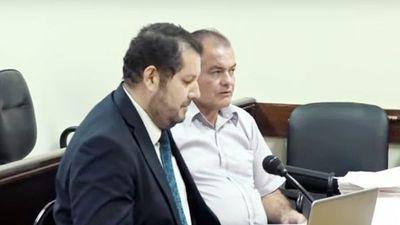 Condenan a 5 años de prisión a exdirector de Hacienda que desvió G. 3.400 millones