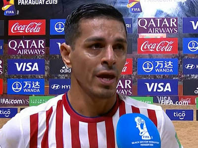 Gustavo Benítez termina dolido pese a la victoria