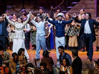 Ópera rinde tributo a  migrantes que van más allá de los océanos