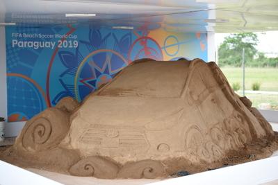 Niños disfrutarán de un taller de escultura en arena con artista paraguayo