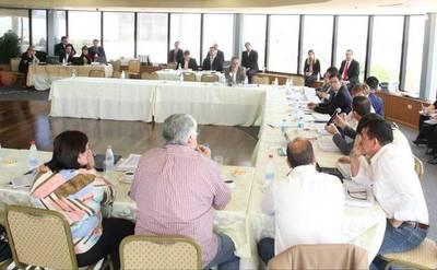 Comisiones del Senado analizan PGN sobre la base del dictamen de la bicameral