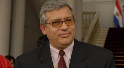 Nelson Mora se postula para ministro de Corte