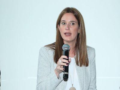 Primera mujer en asumir el directorio de la AFD