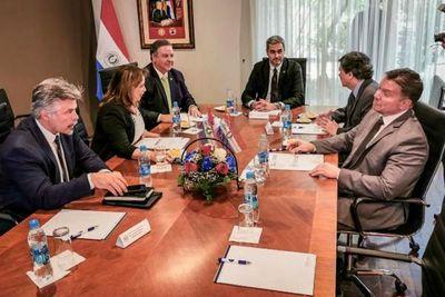 Consejo de Inteligencia sesiona por primera vez con presencia de Abdo