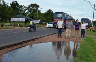 Misiones: piden construir banquinas sobre la Ruta PY01