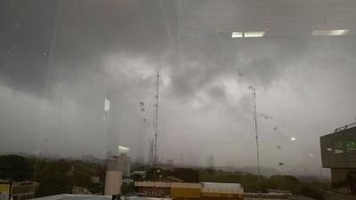 Jornada con lluvias y tormentas para este miércoles