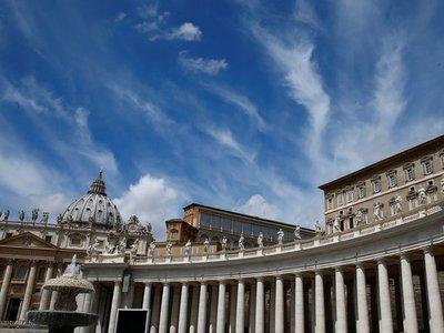 Francisco reconoce que hubo corrupción en finanzas del Vaticano