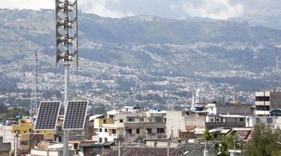 Perú y Paraguay muestran interés en el sistema de alerta temprana de Ecuador