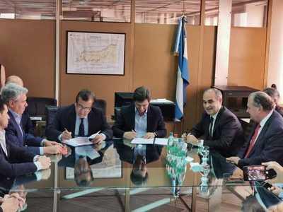 Histórico: Se firman los contratos para iniciar las obras de Aña Cuá