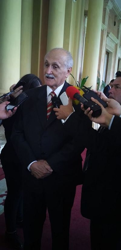 Ratti Jaeggli juró como embajador nacional ante el Vaticano