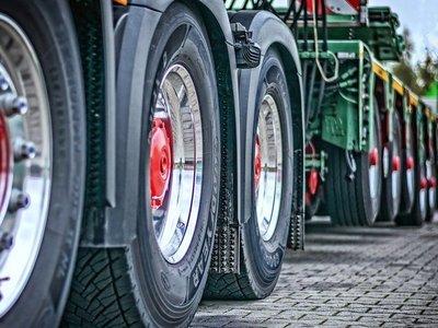 Camioneros paraguayos varados en Bolivia iniciaron retorno al país