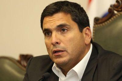 APF rechaza agravios de Trovato