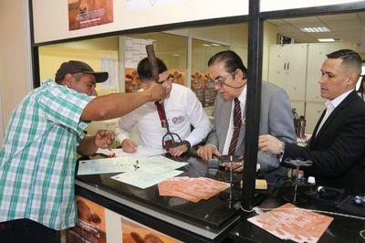 Prosigue jornada de inscripción y reinscripción en Pilar