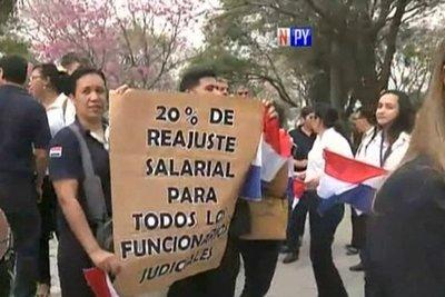 Abogados piden calificar de ilegal la huelga Judicial