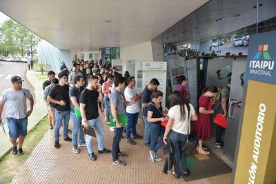 """En medio de un manto de dudas, este sábado se realizará el """"concurso de oposición"""" de Itaipú"""