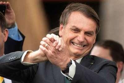 """Bolsonaro felicita a Lacalle Pou y le invita a """"trabajar"""" con Brasil"""