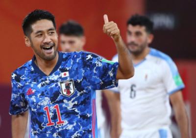 HOY / Japón se abre hacia unas semifinales de fútbol de playa con sabor europeo