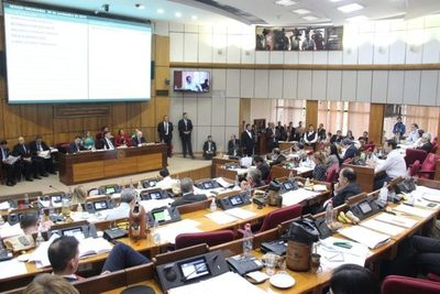 Llano critica el doble discurso del Ejecutivo