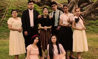 Elenco teatral de universitarios sube a escenas con obra de Alejandro Casona