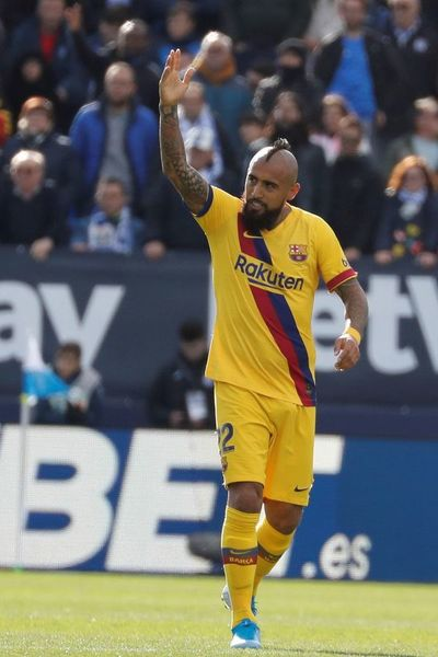 Vidal quiere más protagonismo o dejará el Barça
