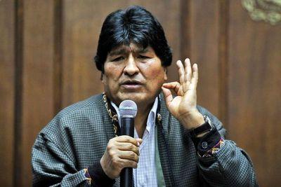 Gobierno boliviano denunciará en La Haya a Morales por delitos de lesa humanidad