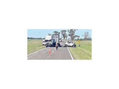 Una familia completa muere en un accidente en Corrientes