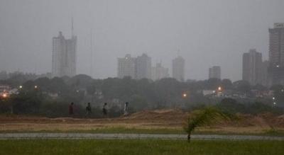 Domingo cálido y con lluvias, anuncia Meteorología