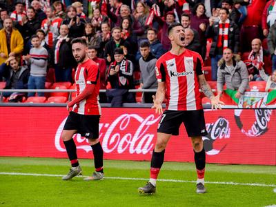Con un gol en cada tiempo, Bilbao gana de local