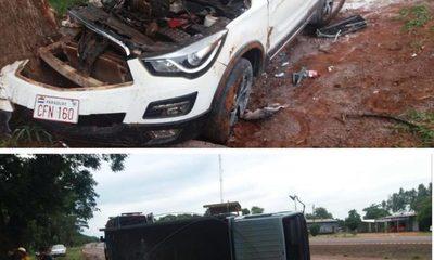 Aparatoso choque y vuelco de vehículos en Juan León Mallorquín