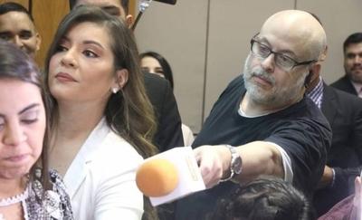 """HOY / Tras quedar """"desempleado"""", Payo Cubas quiere volver al Senado ¿como cronista de radio?"""
