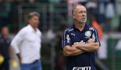 Gómez se queda sin DT